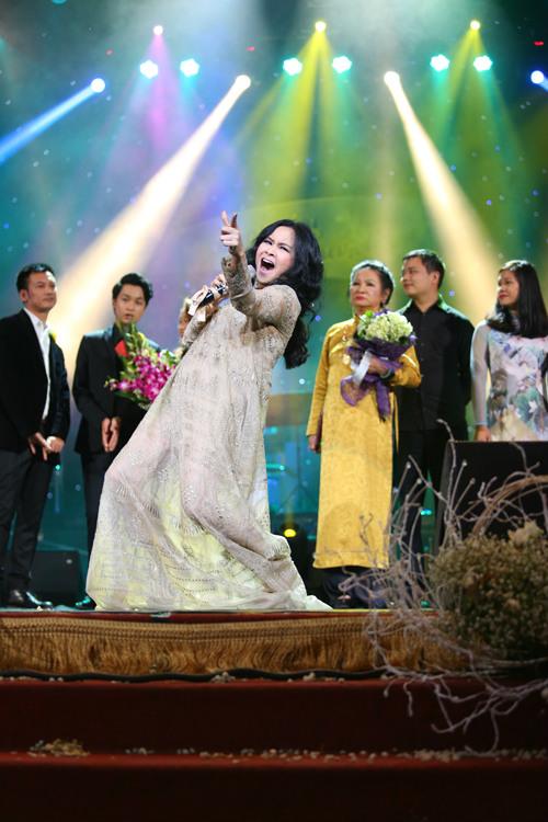 Thanh Lam thăng hoa trong đêm nhạc tưởng nhớ cha - 1