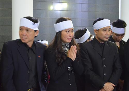 Thép rơi chết người: Gia đình khóc ngất trong lễ viếng - 6