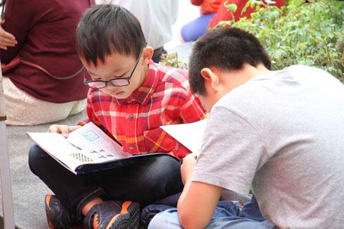 Hàng ngàn người tham dự Vinschool Book Fair 2014 - 2