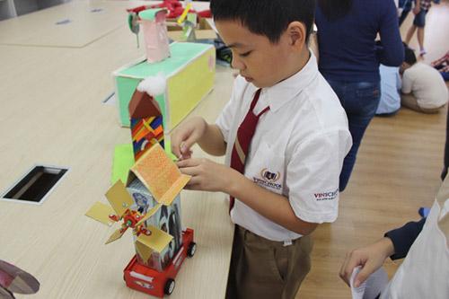 Hàng ngàn người tham dự Vinschool Book Fair 2014 - 3