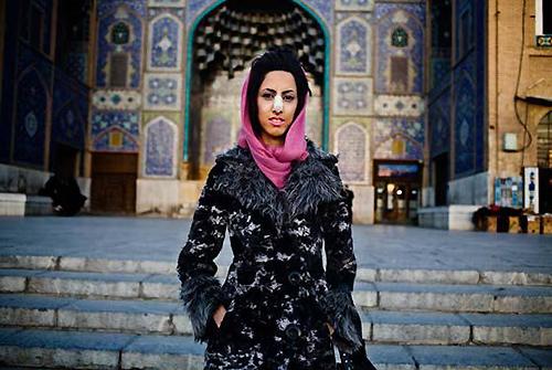 Phụ nữ Iran nâng mũi nhiều nhất thế giới - 2