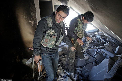 Hình ảnh chân thực về cuộc chiến chống IS tại Kobani - 1