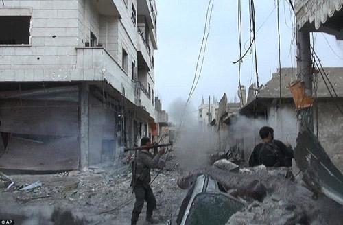 Hình ảnh chân thực về cuộc chiến chống IS tại Kobani - 11