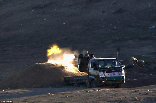Hình ảnh chân thực về cuộc chiến chống IS tại Kobani - 12