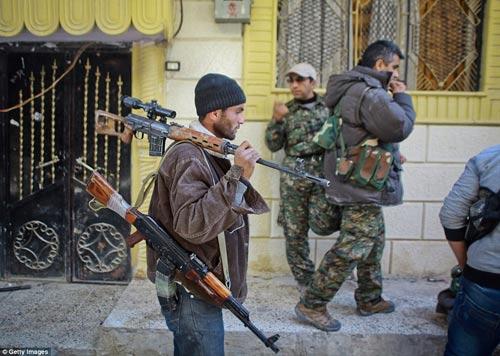 Hình ảnh chân thực về cuộc chiến chống IS tại Kobani - 2