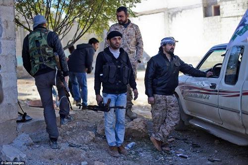 Hình ảnh chân thực về cuộc chiến chống IS tại Kobani - 5