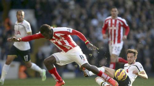 """Tottenham – Stoke: """"Gà trống"""" say đòn - 1"""
