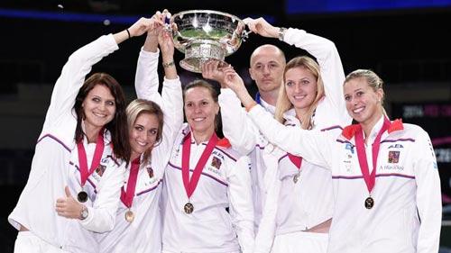 Tin HOT 10/11: Séc vô địch Fed Cup 2014 - 1