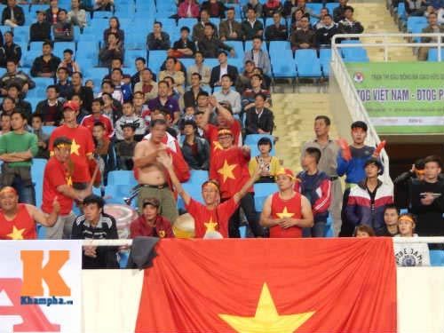 Vắng U19, sân Mỹ Đình đìu hiu ngày ĐT Việt Nam thi đấu - 6