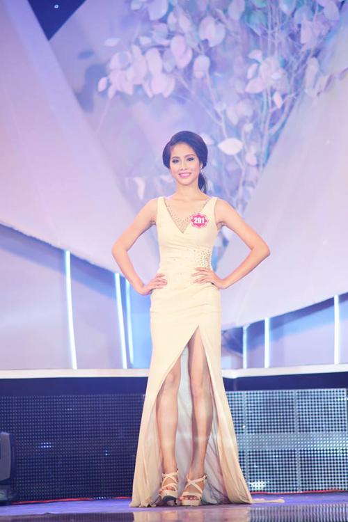 Top 20 thí sinh lọt vào chung kết Hoa hậu VN 2014 - 13