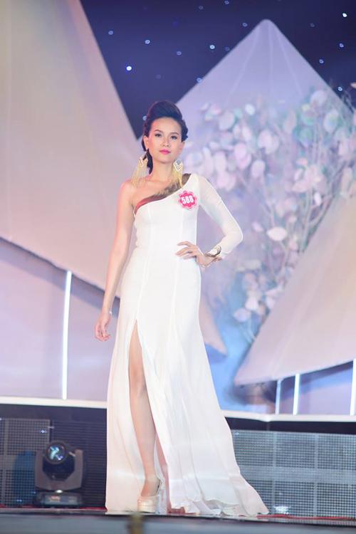 Top 20 thí sinh lọt vào chung kết Hoa hậu VN 2014 - 19