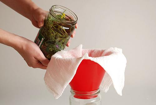 Tự làm tinh dầu rẻ tiền dưỡng da cực tốt - 8