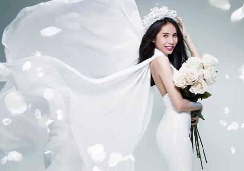 Thủy Tiên tung ảnh cô dâu úp mở đám cưới - 2