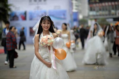 """Cuộc đua maraton của các """"cô dâu độc thân"""" - 5"""
