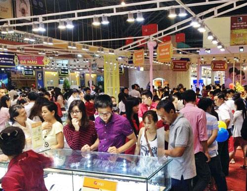 Thành công của DOJI tại hội chợ VIJF 2014 - 3