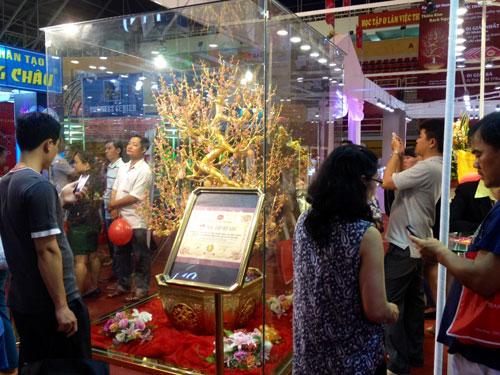 Thành công của DOJI tại hội chợ VIJF 2014 - 7