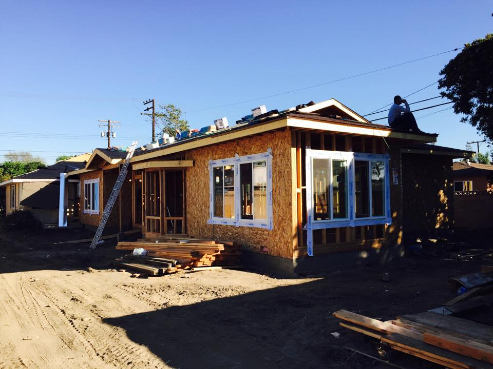 Bằng Kiều xây biệt thự gỗ lớn ở Mỹ - 2