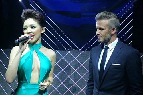 Tóc Tiên nhảy bốc lửa đón David Beckham - 1