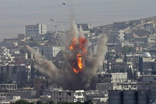 Sốc: Đồng minh của Mỹ cung cấp vũ khí cho IS? - 4