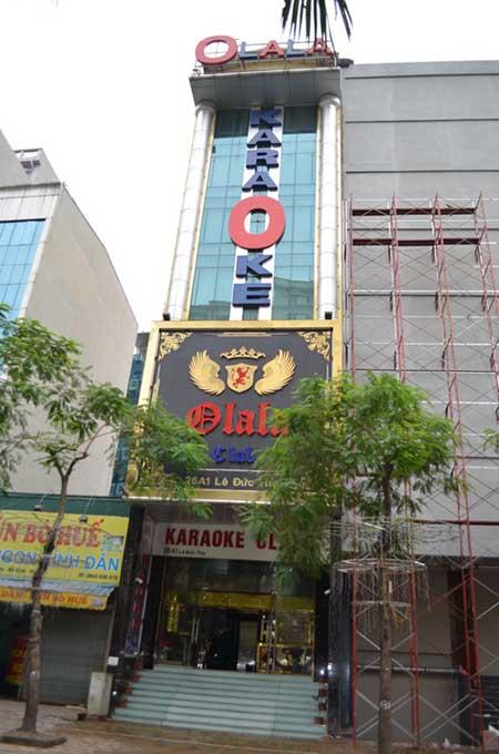 HN: Cháy quán karaoke, nhân viên bỏ chạy náo loạn - 1
