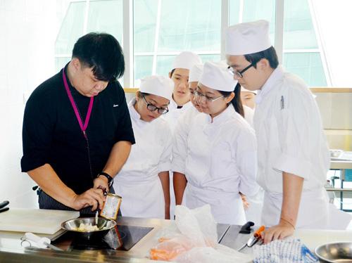 Hội thảo du học Malaysia xét học bổng 75% học phí - 3