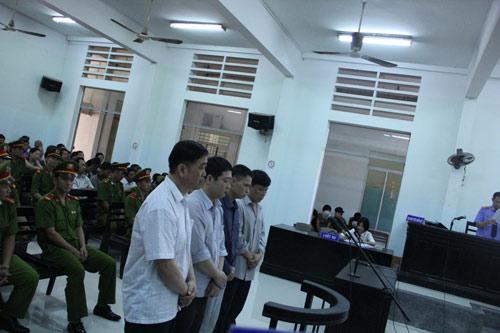 Dương Chí Dũng có mặt tại phiên xử vụ ụ nổi 83M - 1