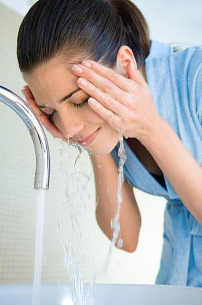 Những suy nghĩ hoang đường về chuyện rửa mặt - 2