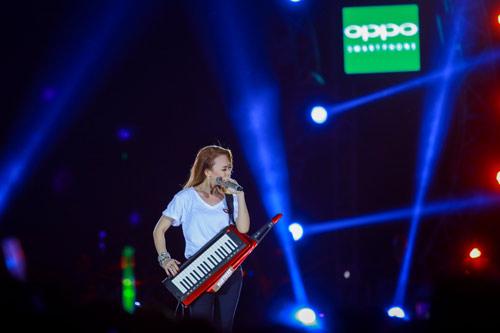 Live concert Mỹ Tâm được fanpage giải thưởng thế giới quan tâm - 5