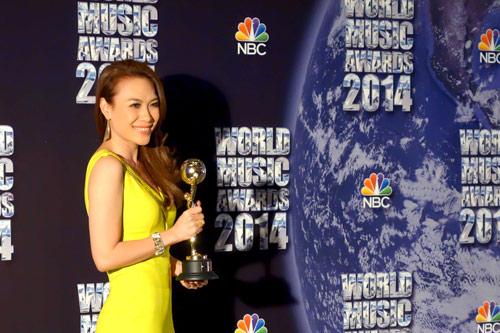 Live concert Mỹ Tâm được fanpage giải thưởng thế giới quan tâm - 2