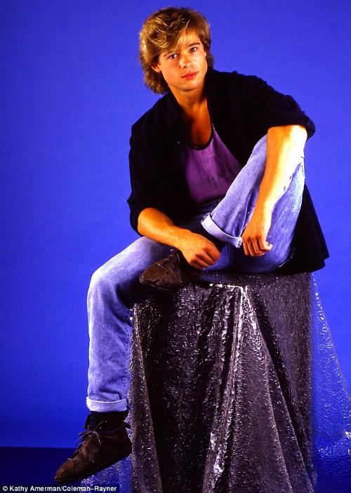 Ảnh Brad Pitt thuở mới vào nghề và bạn gái tin đồn - 8