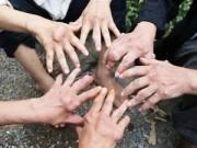 Dân làng Trung Quốc nhiễm bệnh lạ không thuốc chữa