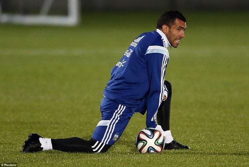"""Trở lại đội tuyển, Tevez lên tiếng """"nịnh"""" Messi - 6"""