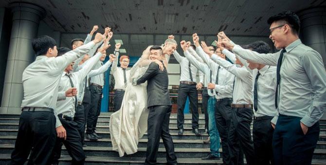"""SV Bách Khoa gây sốt với """"đám cưới kỷ yếu"""" - 10"""