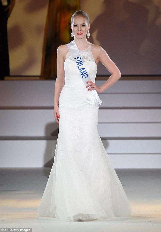 Miss International: Đặng Thu Thảo ra về trắng tay! - 10
