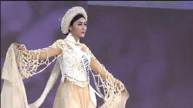 Miss International: Đặng Thu Thảo ra về trắng tay! - 2