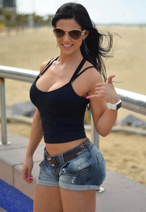 """Hoa hậu thể hình Brazil """"gây sốt"""" toàn thế giới - 6"""