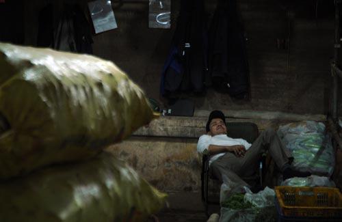 Ngắm khu chợ trời thú vị nhất thế giới ở Hà Nội - 10