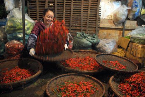 Ngắm khu chợ trời thú vị nhất thế giới ở Hà Nội - 11