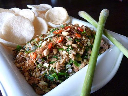 Những món ăn nổi tiếng cố đô Huế - 3