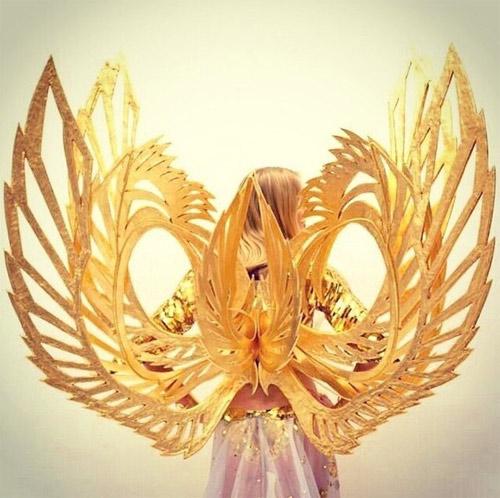Vinh quang và nỗi khiếp sợ sau đôi cánh thiên thần - 7