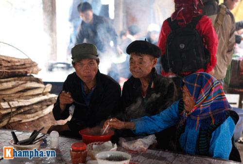 """Lên Hà Giang ăn """"lẩu dân tộc"""" - 8"""