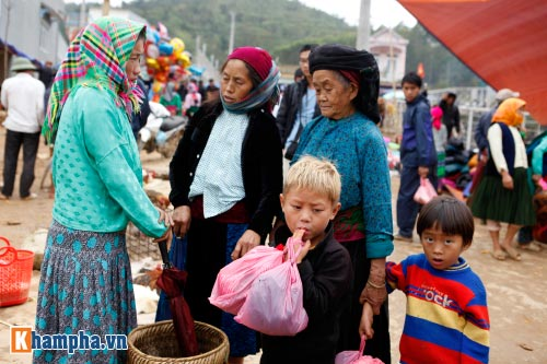 """Lên Hà Giang ăn """"lẩu dân tộc"""" - 19"""