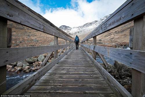 Đẹp kỳ vĩ cao nguyên hoang dã nhất châu Âu - 6