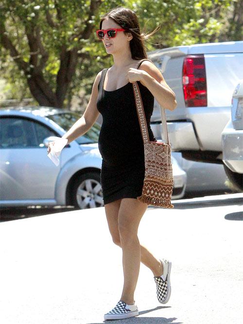 4 mẹ bầu xinh đẹp và quyến rũ nhất Hollywood - 7