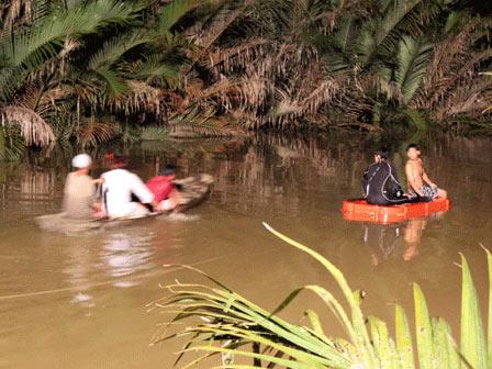 TPHCM: Thiếu nữ nhảy sông tự vẫn giữa đêm khuya - 2