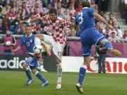 Italia – Croatia: Run rẩy tranh ngôi đầu