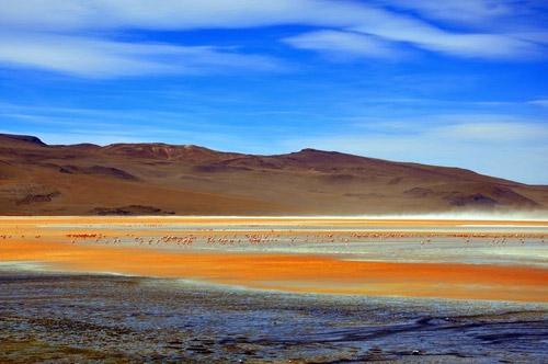 Ấn tượng hồ nước đỏ có một không hai thế giới - 4