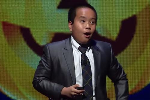 Bất ngờ khả năng thuyết trình tiếng Anh của Nhật Nam tại Mỹ