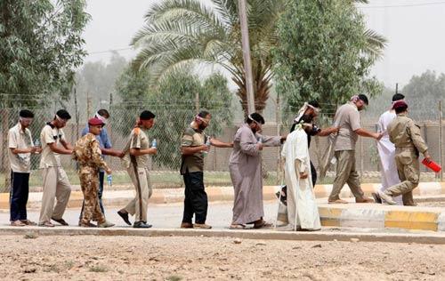 Cựu chỉ huy IS giúp quân đội tiêu diệt phiến quân - 1