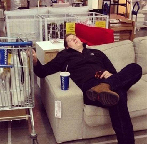 Việc của nàng là mua sắm, chàng chỉ việc... ngủ - 2